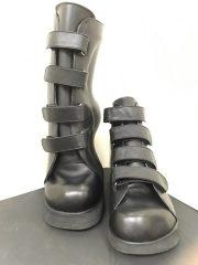 カーボン加工した安定した靴