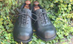 つま先がコロンッとした靴